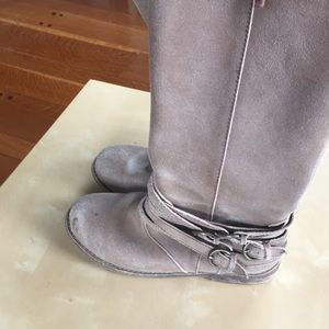 Adorable boots